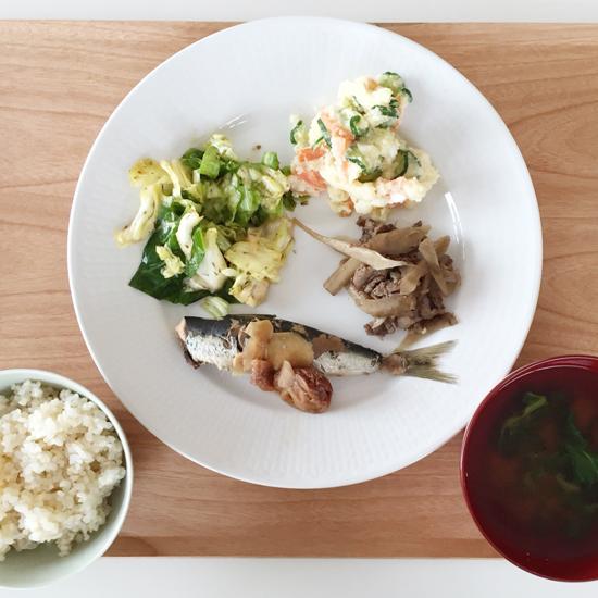 【クラシコムの社員食堂】定食風メニューの時のお皿の選び方。