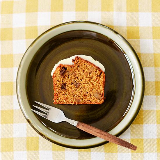 【料理家さんの定番おやつ】桑原奈津子さんの、キャロットケーキ。