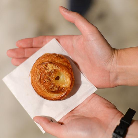 【パンのある暮らし】冷凍のコツは?焼き直しに向いているのは?お家で楽しむ「リベイク」