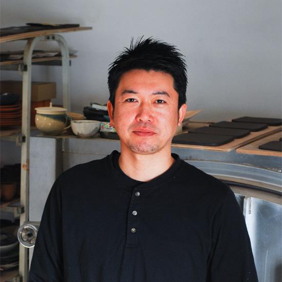 【わたしの転機】陶芸家・飯高幸作さん「サラリーマンから陶芸家へ、心の底にあった本当のきもちに気づいたときに人生が動いた」
