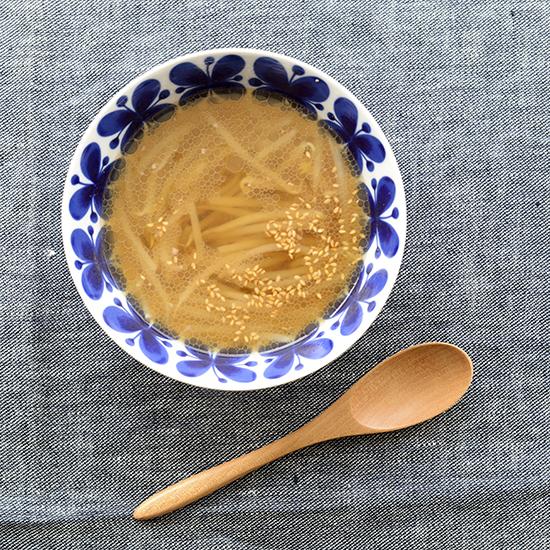 【食材活用レシピ】もやしを美味しく食べきる、中華風スープ