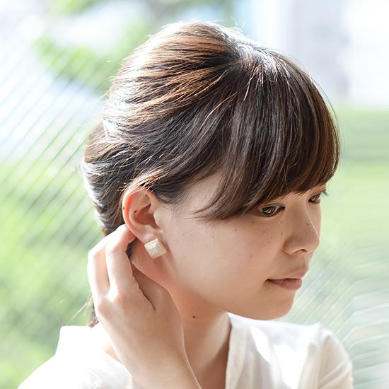 【新商品】陶作家・川名萌子さんの細やかな手しごと光る、イヤリングとピアスが新登場です!