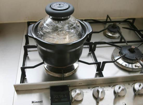 【特集|土鍋生活、はじめよう】後編・玄米も炊けるの?ごはん炊き以外にも使えるの?