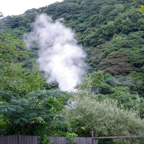 【お出かけコラム】成田空港から2時間…大分県別府の「泥湯」でお肌ツルツルの旅