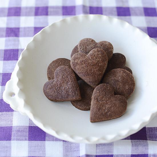 【料理家さんの定番おやつ】いつものクッキーにひと手間♪簡単ココアクッキー