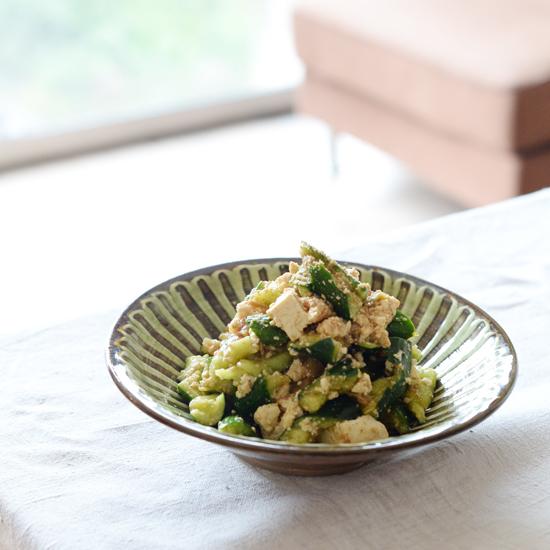 【特集|子どもと食しごと】第2話:食しごと初チャレンジに!たたききゅうりのサラダ