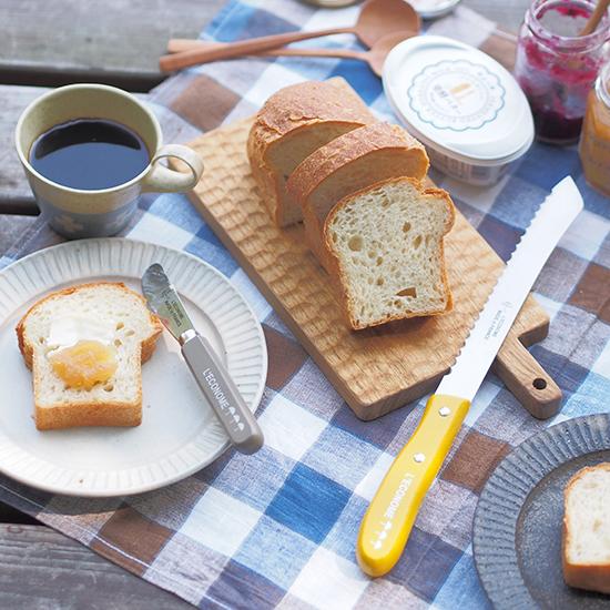 【スタッフの愛用品】パンへの食欲を高める、かわいくも頼れるナイフたち。