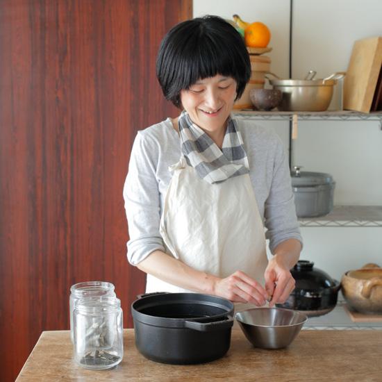 【ご機嫌をつくるモノ】どうしたらご機嫌に「子育て」できる?料理家さんに聞く3つの道具(スズキエミさん)