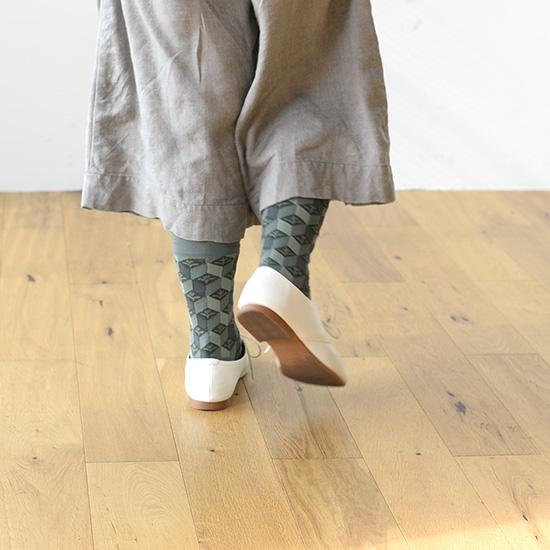 【着用レビュー】Bonne Maisonの靴下を履いてみました!-スタッフ上山編-
