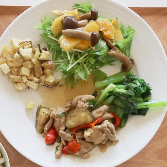 【クラシコムの社員食堂】京都発の八百屋「坂ノ途中」の野菜と果物で社食をつくりました!