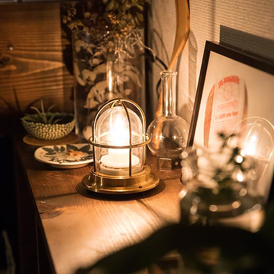 【灯りを楽しむ】第1話:まぶしすぎる蛍光灯をどうにかしたい!照明を替えて、インテリアの冬支度