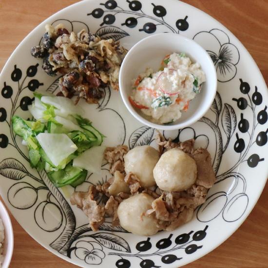【クラシコムの社員食堂】師走にはいり、おせち料理のことを考えはじめました。