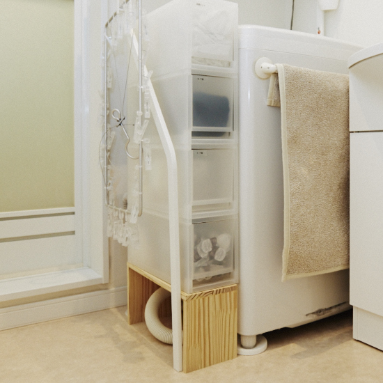 洗濯機横の20センチほどのスペースも、上手に活用されていました。