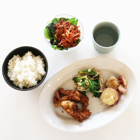 【クラシコムの社員食堂】雪の日には、春色の料理を!