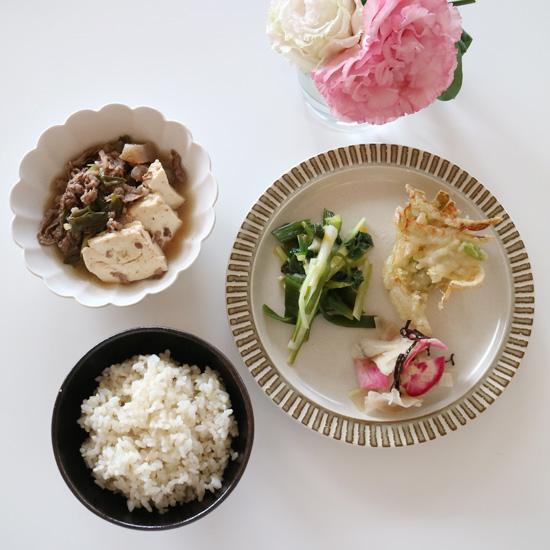 【クラシコムの社員食堂】山菜初心者には「うるい」がオススメなんです。