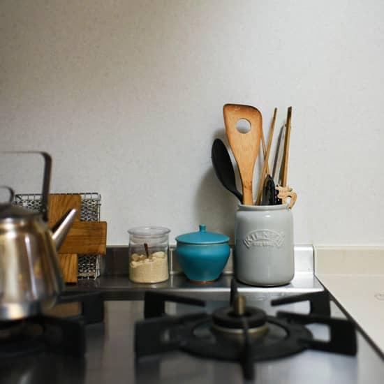 キッチンのごちゃっとを解決!デザイン&機能よしの、「収納ツール」たち