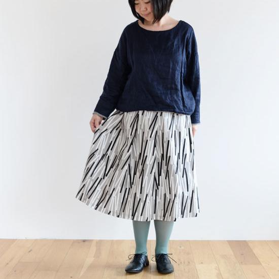 【着用レビュー】スタンプ アンド ダイアリー×カウニステのスカートを履いてみました!- スタッフ上山 -
