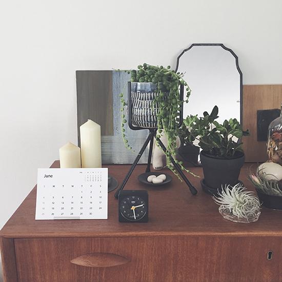 【スタッフの愛用品】のせるだけでコツいらず。グリーンを雰囲気良くディスプレイできる植木鉢スタンド♪