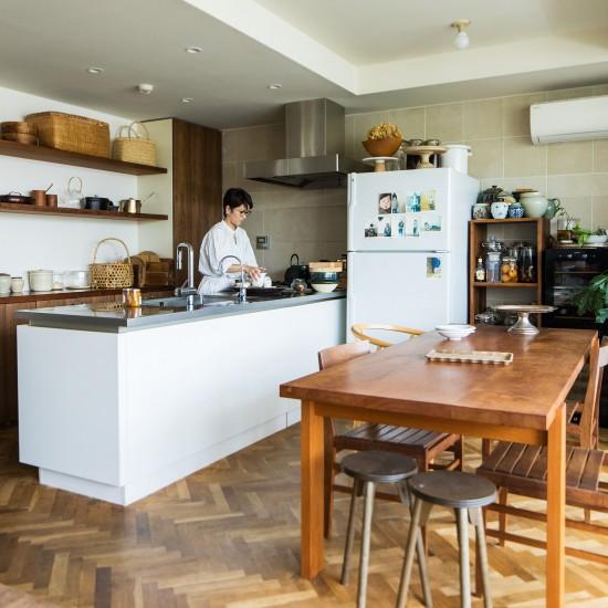 【フィットする暮らし】 第1話:この暮らしから、レシピは生まれる。料理家ワタナベマキさんを訪ねて。