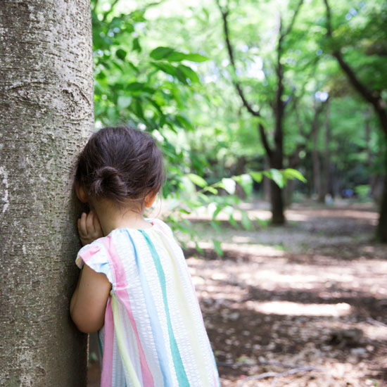 【子どもと楽しむ木育の世界】第2話:身近なものがおもちゃになる? いつもの公園で木育をしてみよう