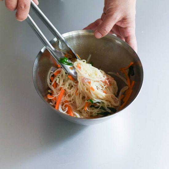 【料理家さんの定番レシピ】第2話:和えるだけ♪「炒めない」そうめんチャンプルー