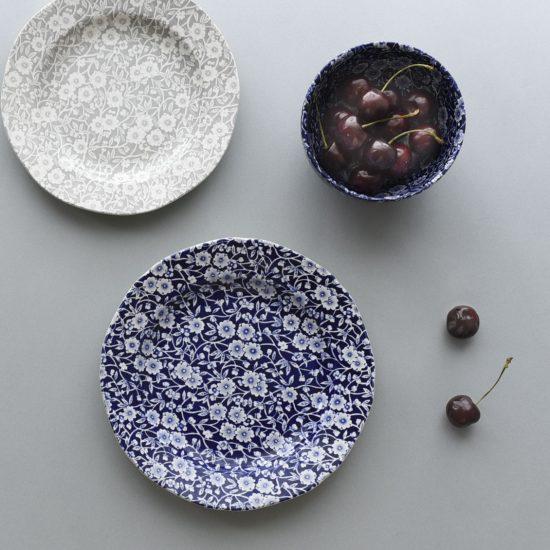 【新商品】店長佐藤も愛用中♪テーブルに花が咲く、心ときめく器のシリーズが新登場です!