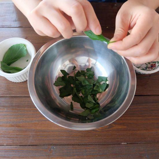 【ただいま収穫中!】好みの野菜で作れる!うまみたっぷり「バジル蒸し」のレシピ