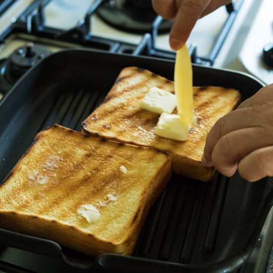 【BRAND NOTE】前編:プロと一緒に検証!「極上バタートースト」のつくりかた。
