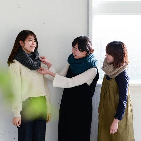 【着用レビュー】髪型違いの3人のスタッフがスヌードをつけてみました!