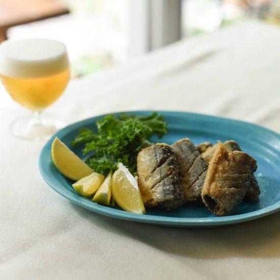 【料理家さんの定番レシピ】第3話:1cmの油でOK!ビールのお供にサクサク「秋刀魚の竜田揚げ」