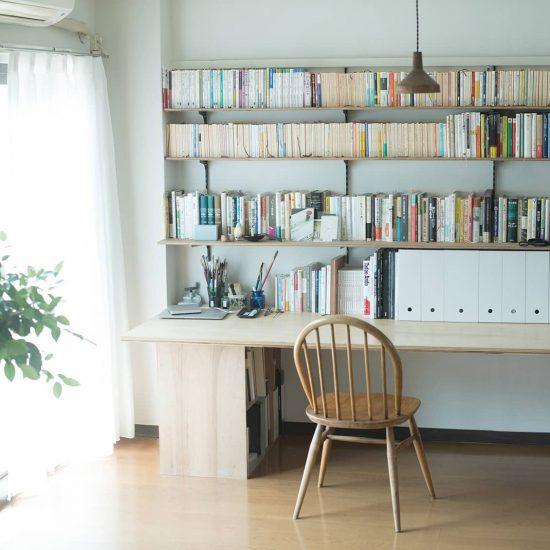 【スタッフのお宅訪問】第2話:デスクも手作り?「賃貸」だからこそ作る家具のはなし