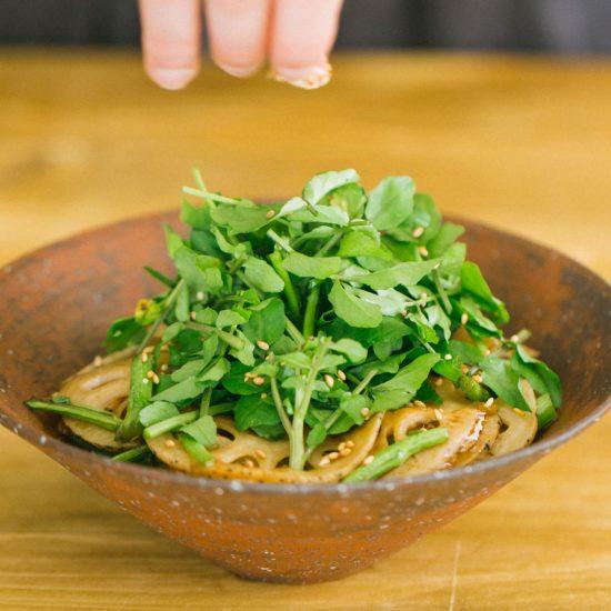 【気がきくサラダ】第1話:生野菜だけがサラダじゃない?ボリューム満点の「きんぴらサラダ」