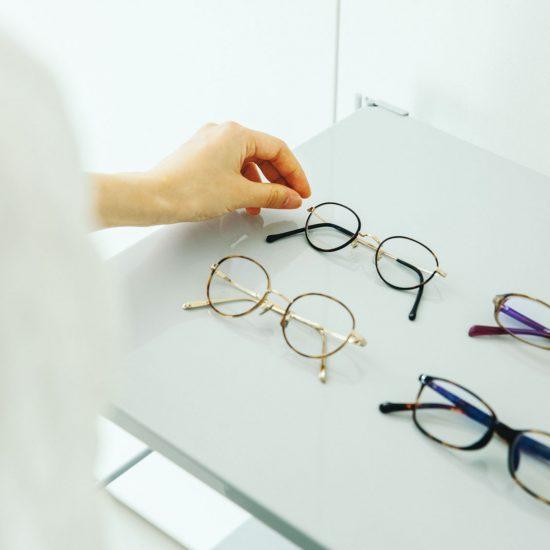 【メガネとわたし】後編:「好き」の気持ちを大切に。もっと楽しくなる、メガネの選び方