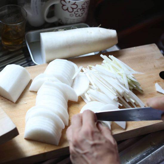 【わがままな自炊】後編:毎日の料理を助けるのは、レシピよりも型づくり。按田さんがすすめる「3つの型」とは