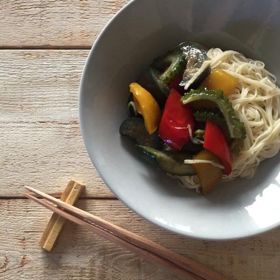 【クラシコムの社員食堂】ポーククミンローストと夏野菜の揚げ浸しで、夜ごはん