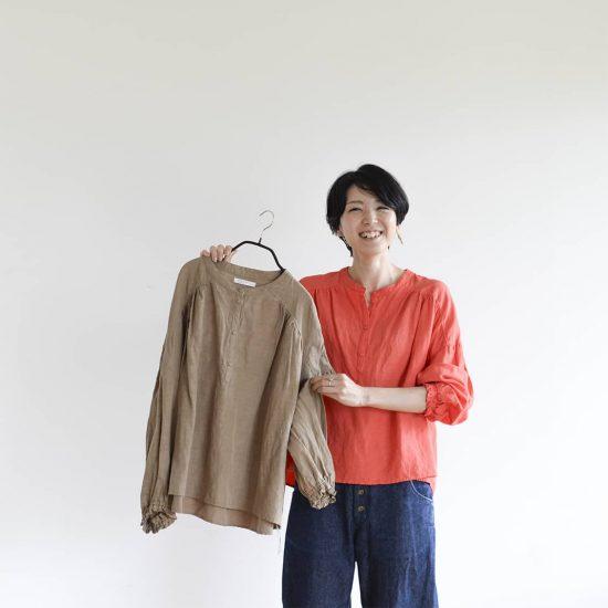 【Buyer's Selection】いつものボトムに合わせるとどんな感じ?香菜子さんコラボブラウス着てみました!