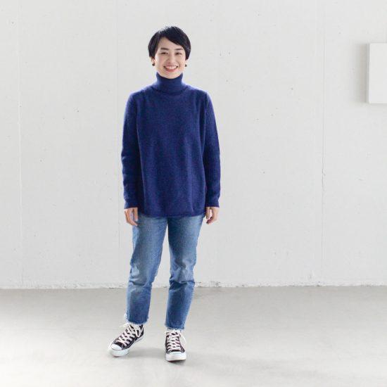 【着用レビュー】grinの新色「ブルーベリー」と人気の「ミントグリーン」を、スタッフが着てみました!