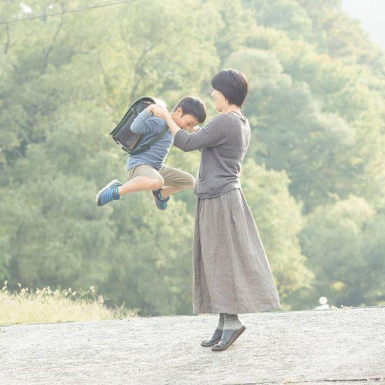 """【あのひとの子育て】〈後編〉子育ても""""暮らし""""。遠回りしながらゆっくり歩んでいきたい(マスミツケンタロウさん・セトキョウコさん)"""