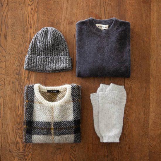 【ニットの基本】02:ハンガー収納はNG!ニットやセーターのたたみ方のコツと保管のポイント