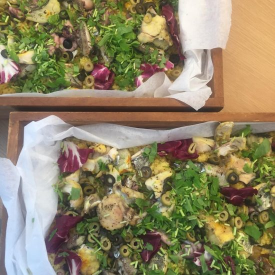 【クラシコムの社員食堂】炊飯器で作る「簡単パエリア」で秋の味覚たっぷりのお昼ごはん