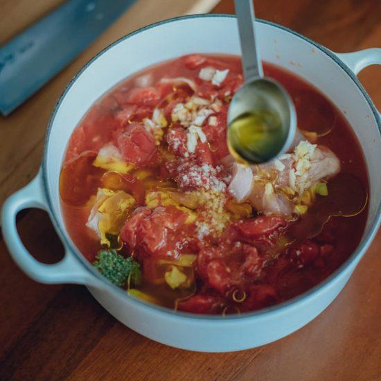 【冷凍スープで朝ごはん】第4話:朝はあたためるだけ!時短につながるトマトスープをストック