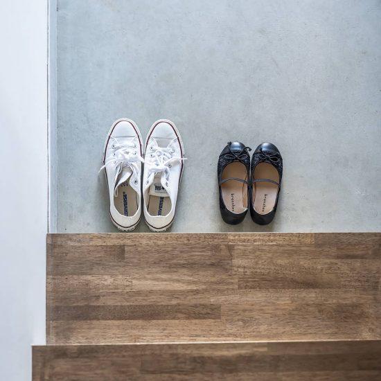 【玄関のすっきり収納術】02:「靴」が多くてあふれてしまう...。限られたスペースでも、収納するには?