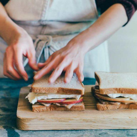 【青葉家のレシピ】おいしさの決め手は?ひと味ちがう3種のサンドイッチ