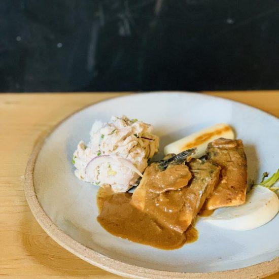 【クラシコムの社員食堂】里芋でもできる!ポテトサラダと鯖の梅味噌煮で、夜ごはん