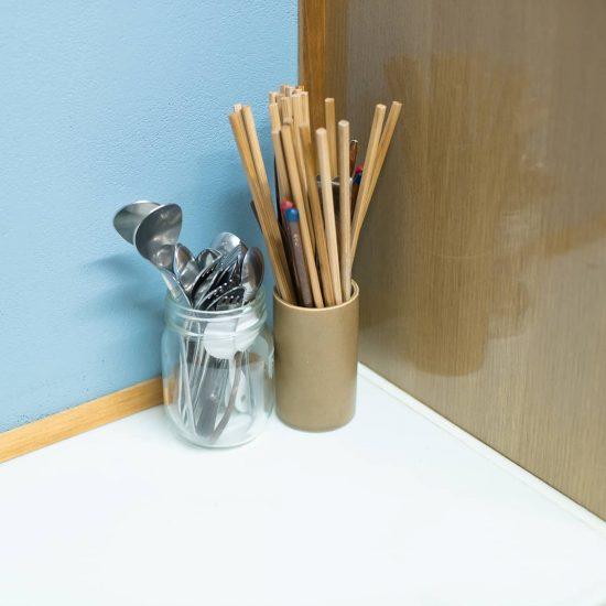 【食器収納のメソッド】カトラリーは、種類で分けずに「ざっくり収納」がおすすめ。