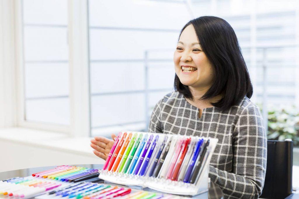 ボールペンに「消せる」という付加価値を。世界で26億本売れている「フリクション」シリーズの開発と革新の12年間